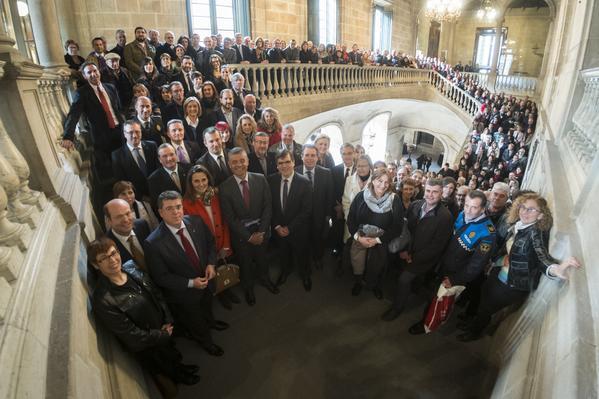 Ajuntament de sant celoni l 39 alcalde joan casta o recull for Renovacio oficina de treball