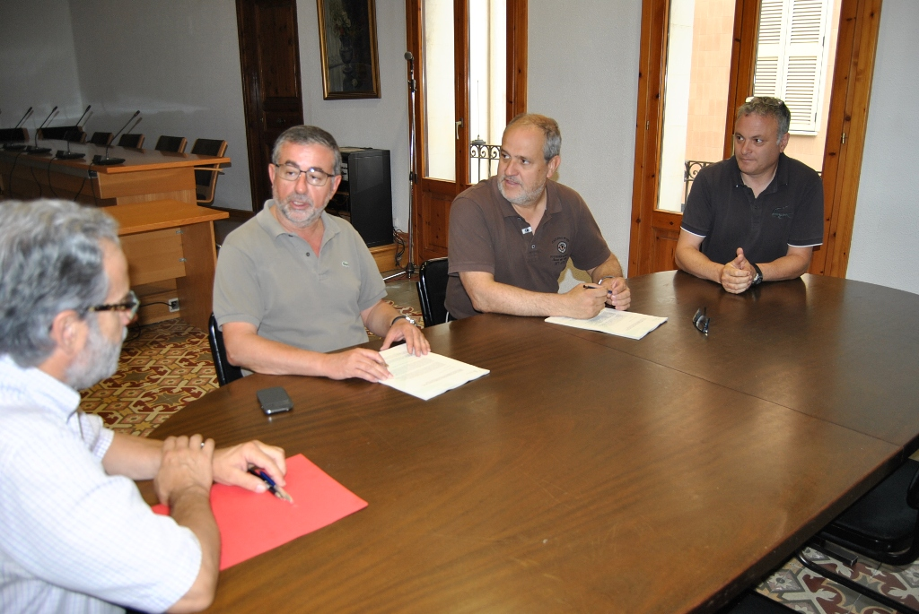 Ajuntament de sant celoni contractada la renovaci i for Oficina de treball renovacio