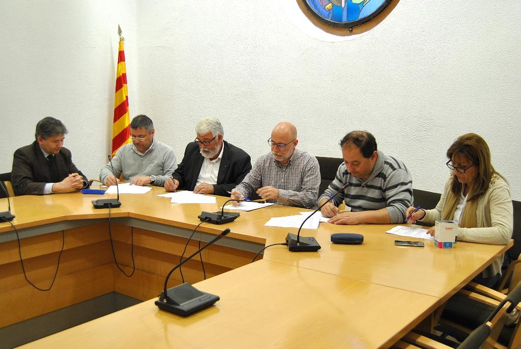 Ajuntament de sant celoni renovat el conveni de l for Oficina de habitatge
